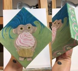 hello cupcake-2 view-KellyLTaylor